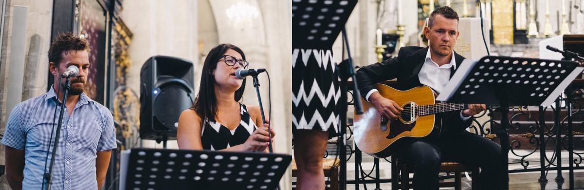 muziekanten in de kerk