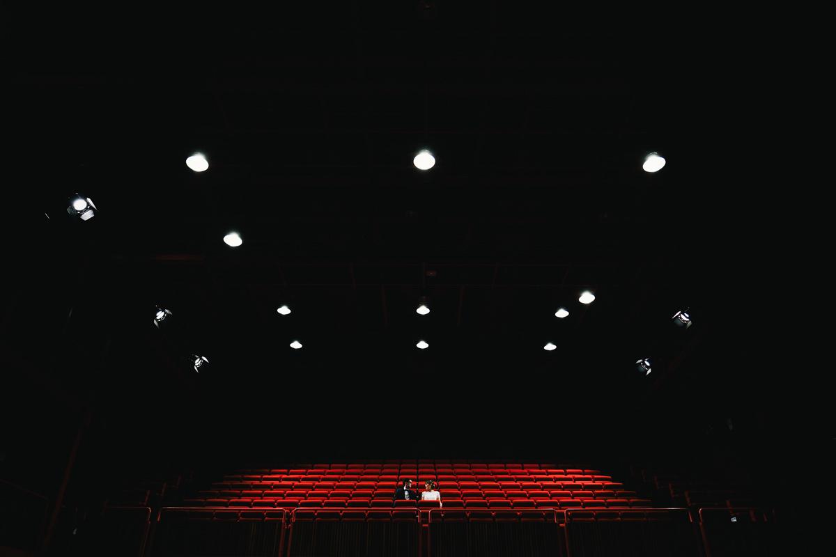 huwelijksfoto's cinemazaal
