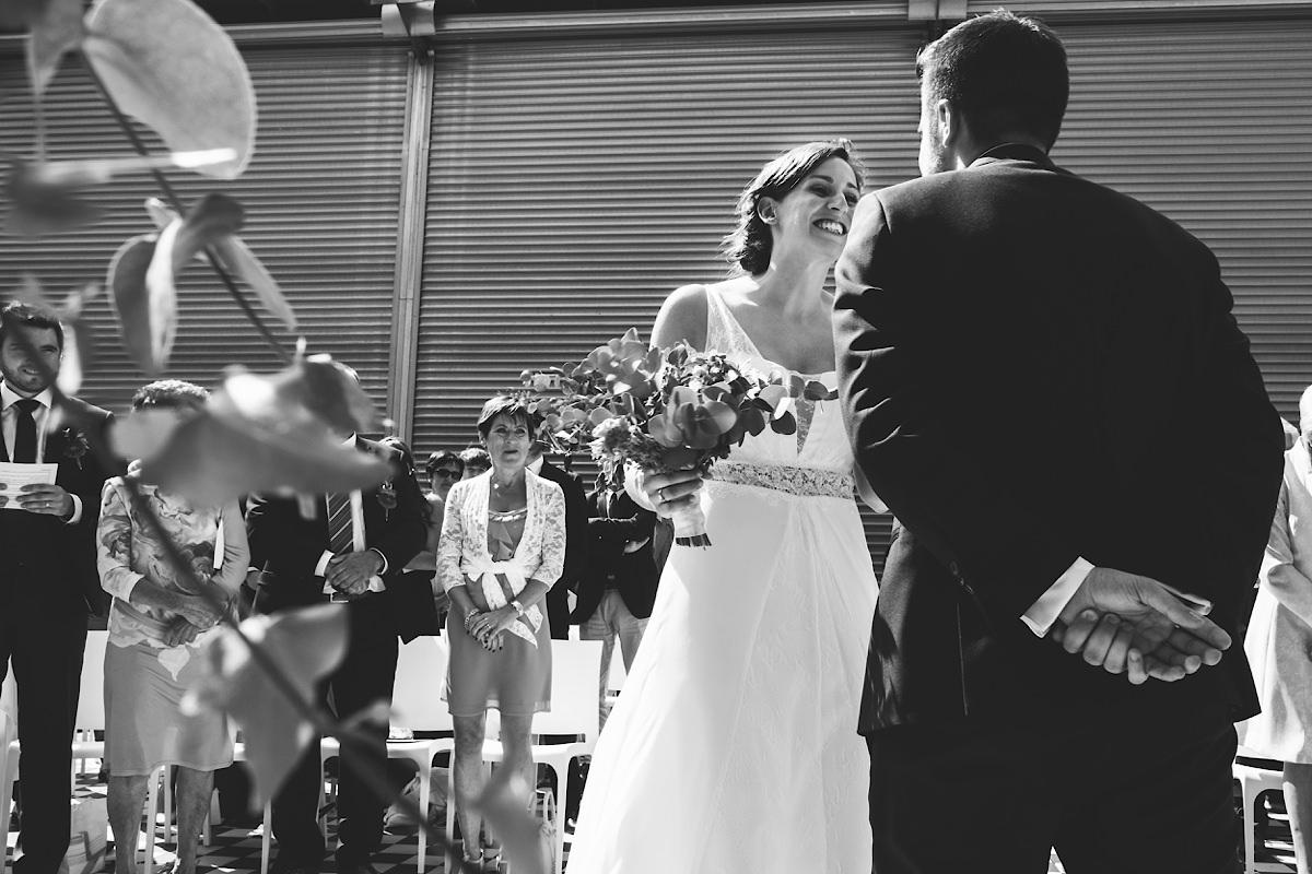 First look tijdens vrijzinnige Huwelijks ceremonie