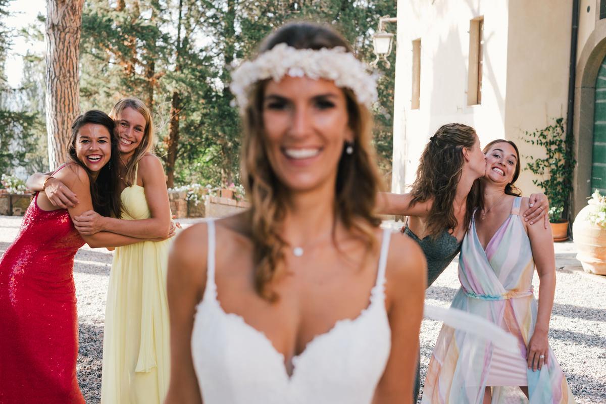 de getuigen van de bruid groepsfoto's